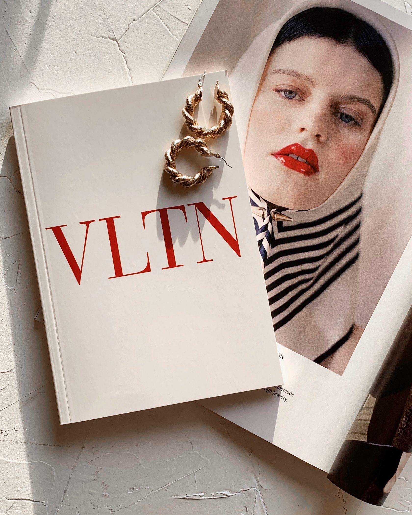 Красивый блокнот VLN White